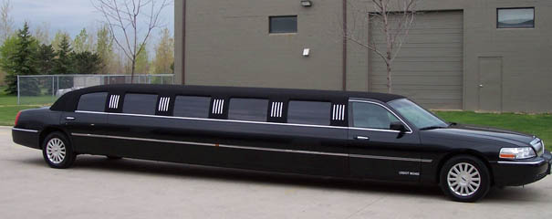 2003 Lincoln Towncar Limo