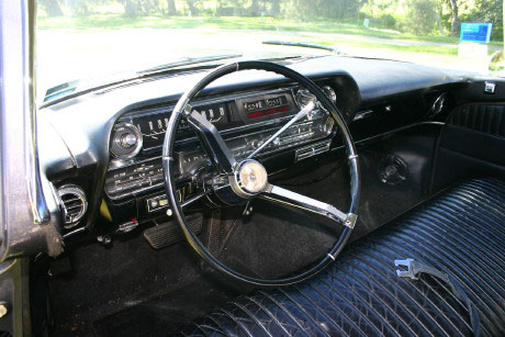 1964 cadillac fleetwood 75 series for Interieur limousine