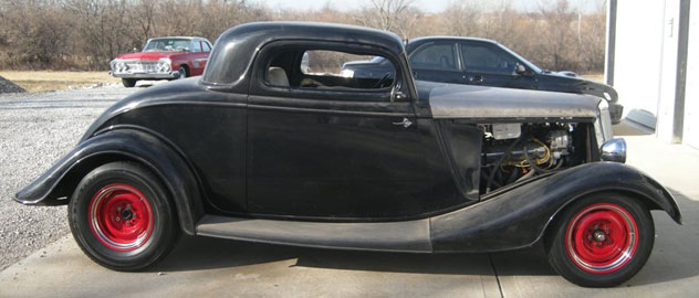1934 Ford 3-W Coupe