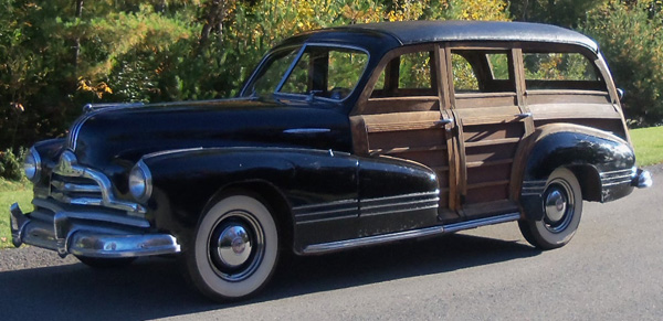 1947 Pontiac Streamliner Woody Wagon