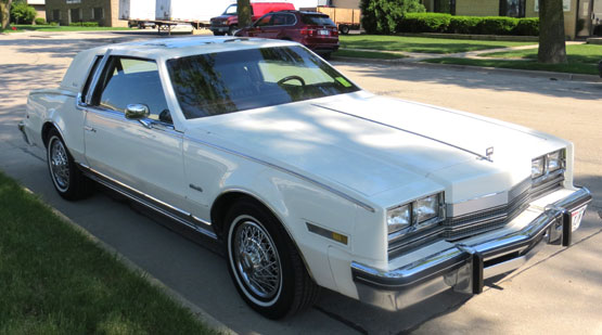 1985 Olds Toronado Caliente Coupe
