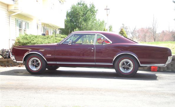 1967 Oldsmobile 442 Post Coupe
