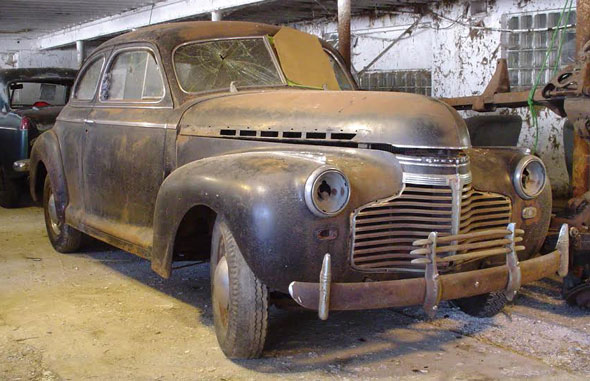 1941 Chevrolet Deluxe Special Coupe