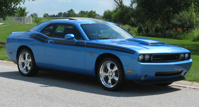 2009 Dodge Challenger R T Classic Cars On Line Com Classic Cars For Sale