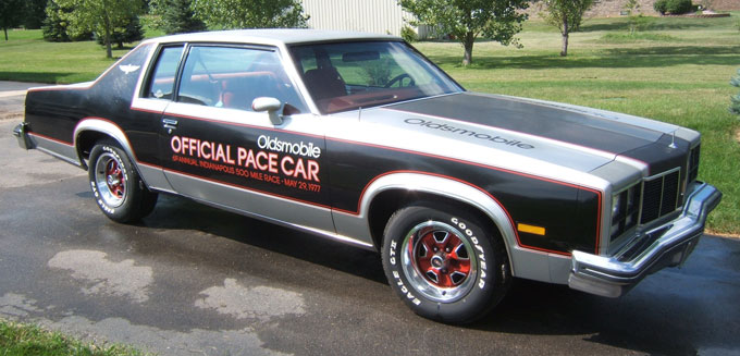 1977 Oldsmobile 88 Indy 500 Pace Car