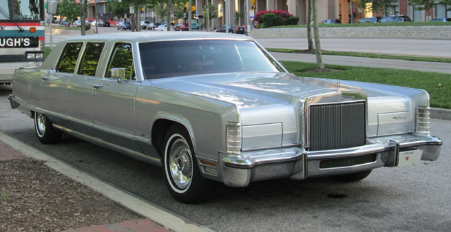 1977 Lincoln Continental Limousine
