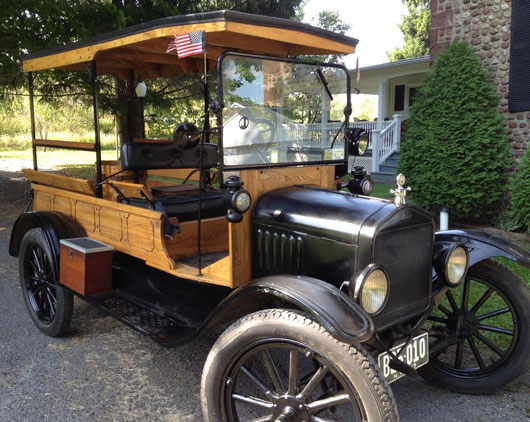 1917 Ford Model T Canopy Express Wagon