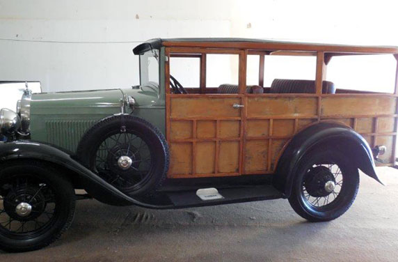 1930 Ford Model A Woodie Wagon