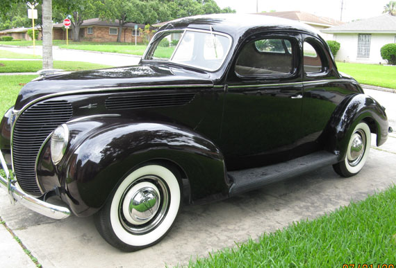 1938 Ford Deluxe Coupe