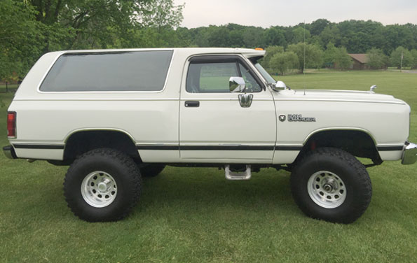 1986 Dodge Ram Charger LE
