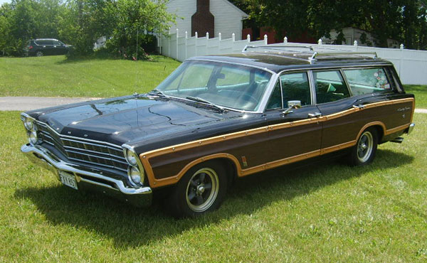 1967 ford country squire wagon. Black Bedroom Furniture Sets. Home Design Ideas