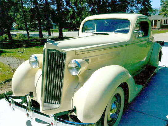 1937 Packard 115-C Business Co