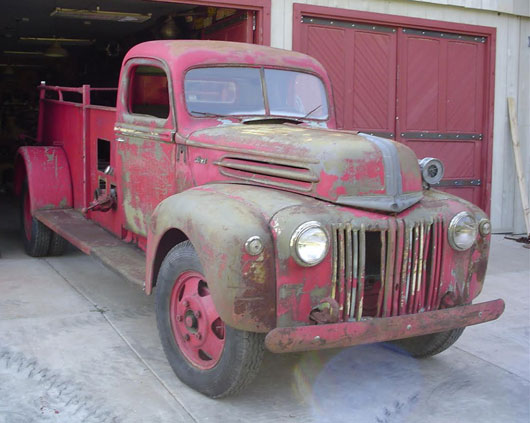 1943 Ford 1 Ton Dually Fire Truck