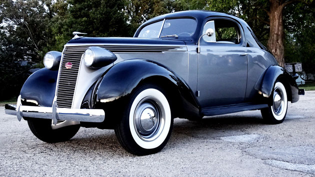 1937 Studebaker Dictator Coupe