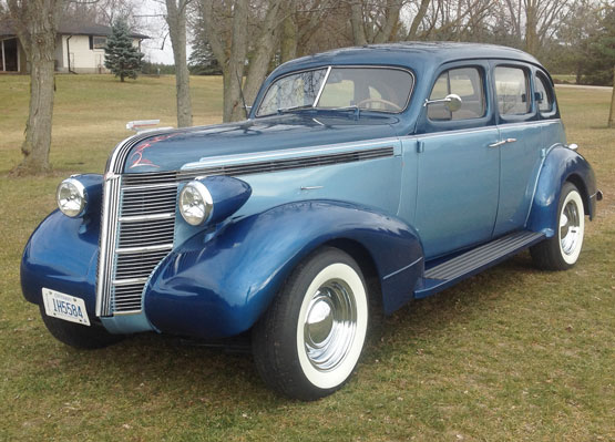 1937 Pontiac 4 Door Humpback