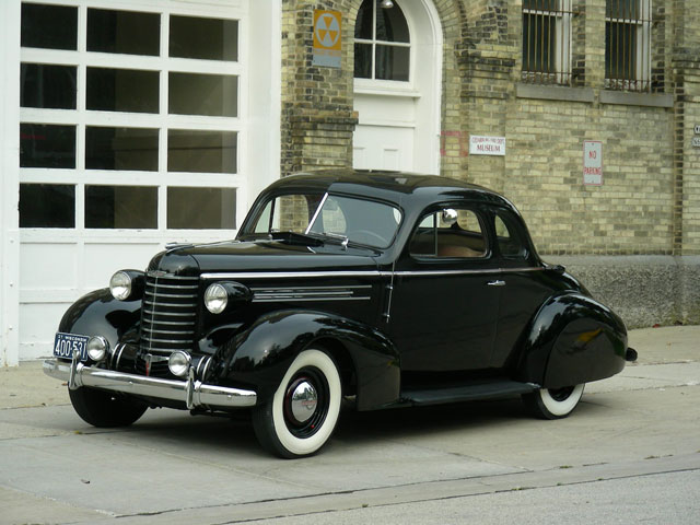 Oldsmobile Business Coupe