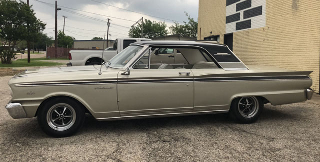 Ford Fairlane Sports Coupe