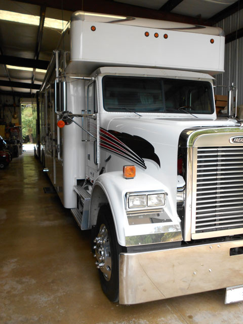 2003 Freightliner Showhauler | Cars On Line com | Classic Cars For Sale