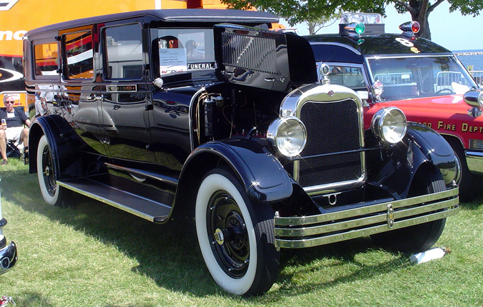 Professional Car Society: Henney Hearse Pictures